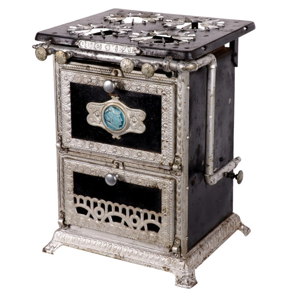 Lot 69). Quick Meal Stove (Salesman's Sample?)